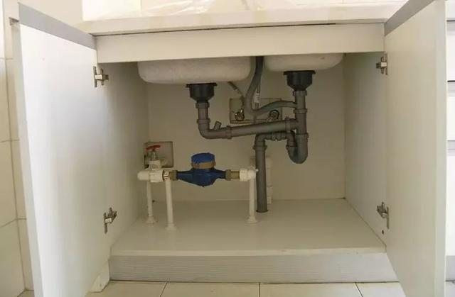 厨房下水管道