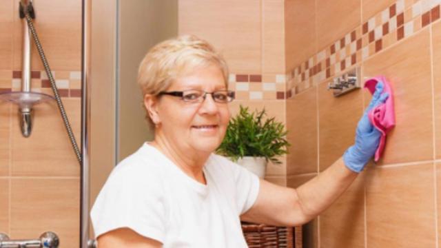 如何深度清洁瓷砖缝隙?这三个不用花钱的方法速学起来!