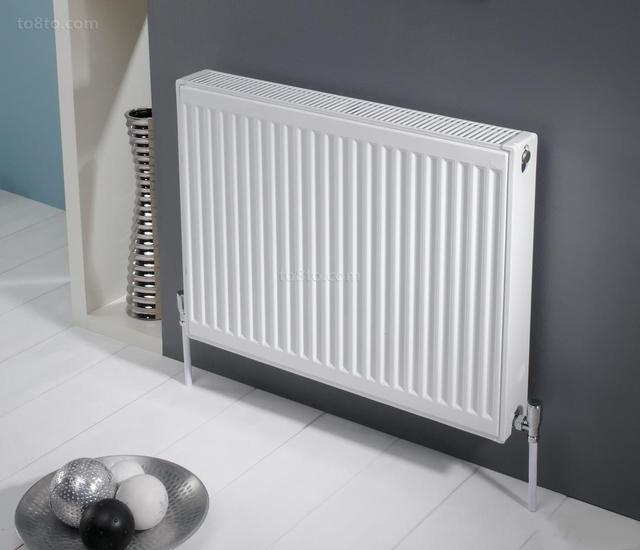 散热器分水器怎样安装