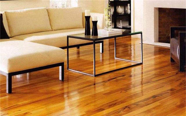 实木地板怎样颐养 实木地板打蜡的四个步骤